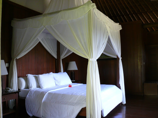 superior room for yoga retreat in bali 2013