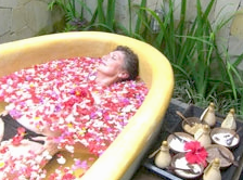 spa treatment during yoga retreat in bali