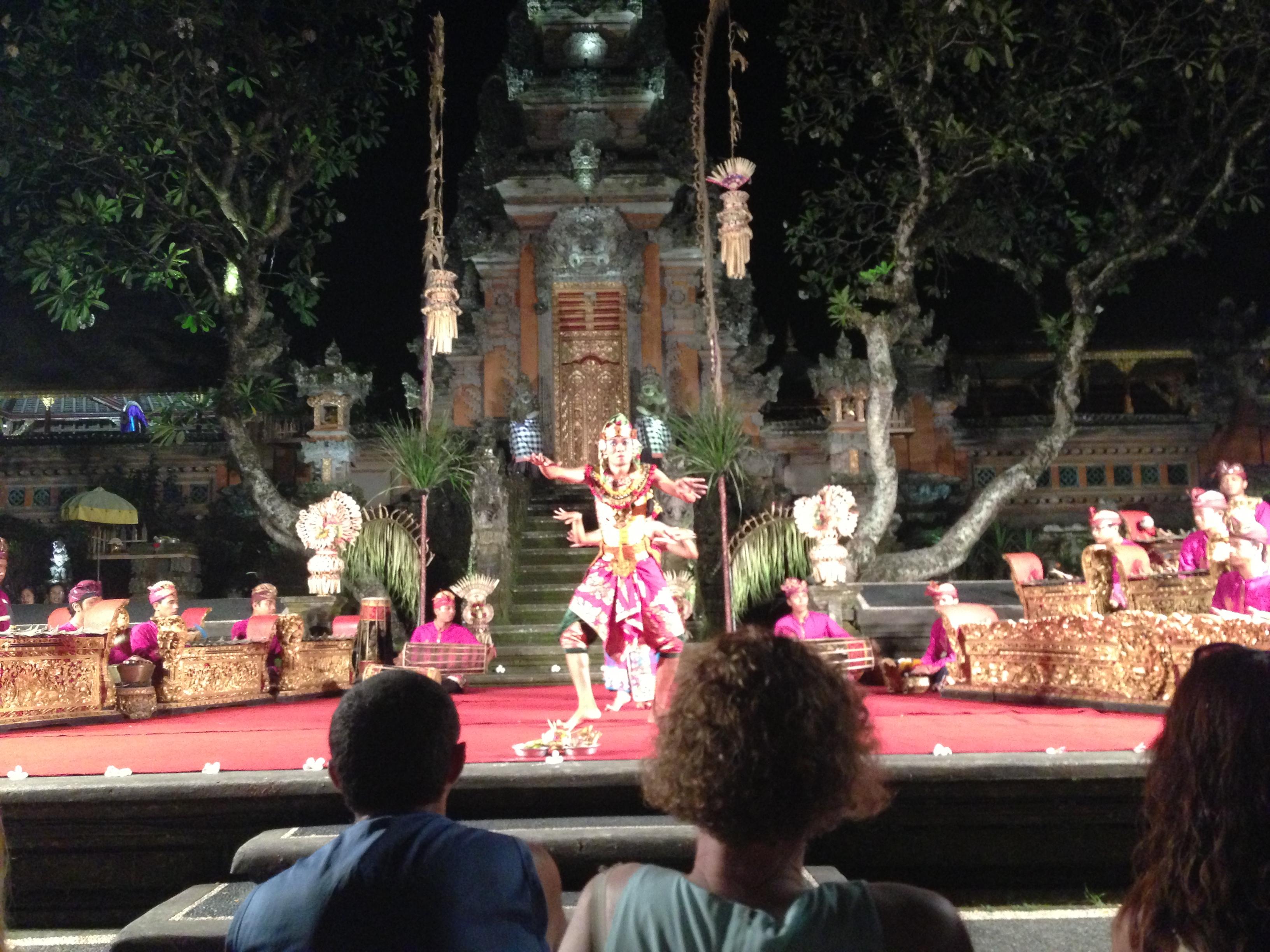 Lotus Temple Performance