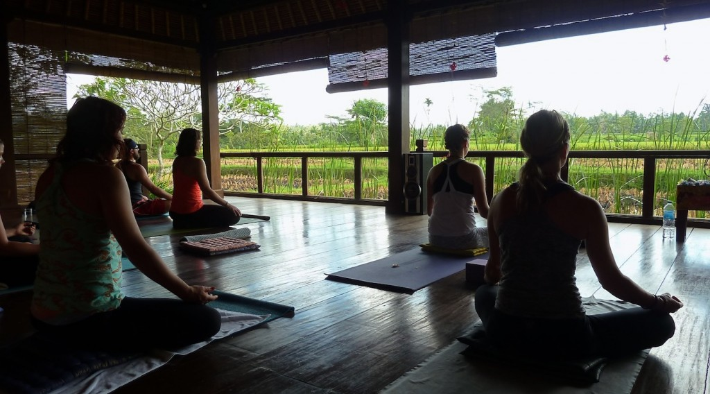 beautiful yoga studio in bali yoga retreat